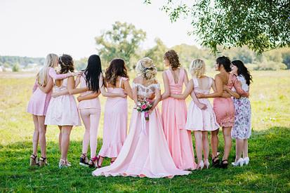 bridesmaids in backyard