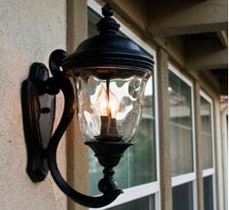 Wall mounted lanterns