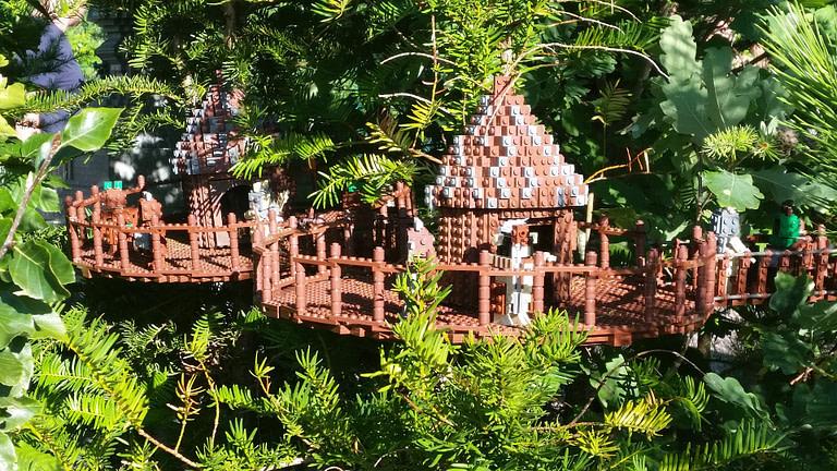 Lego Treehouse