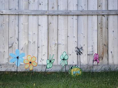 backyard lawn decoration