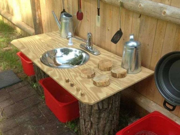 Outdoor DIY kitchen